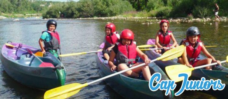 Activité canoé pour les enfants en colonie de vacances avec Cap Juniors